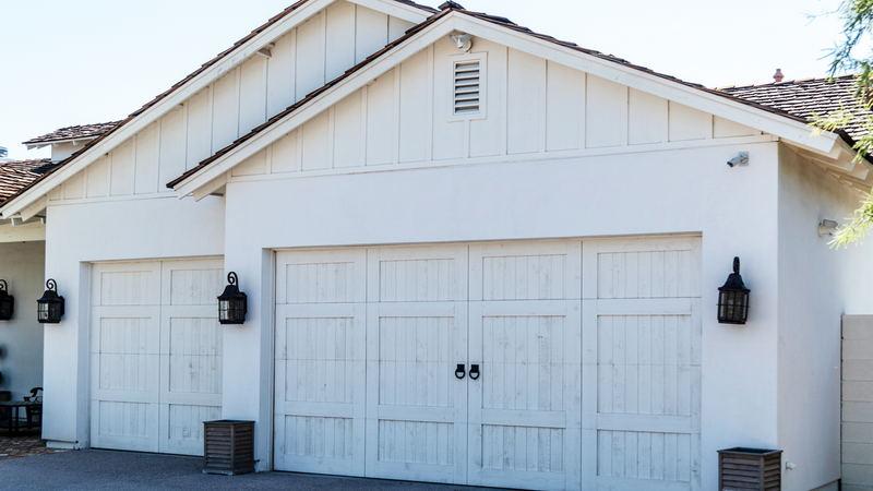When Do You Need Garage Door Service?